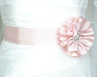 Handcraft Blush Pink Satin Flower Wedding Dress Bridal Sash Belt Wedding Accessories