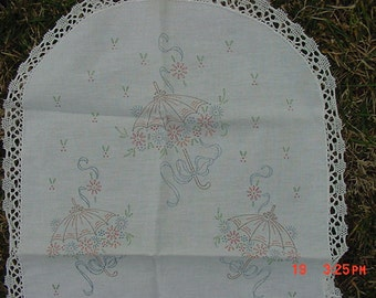 Vintage Parasols & Flowers Stamped Table Runner  17 - 200