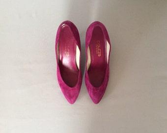 magenta suede kitten heels | 80s pumps | size 8