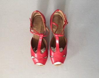 liptick red T-srap pip toe pumps | double ankle strap pumps | 9