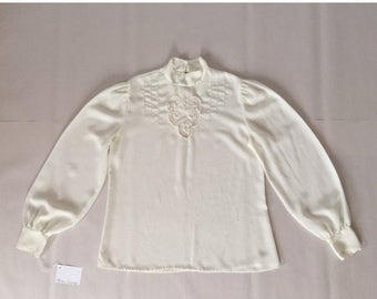 40% OFF SALE... embroidered blouse   eggshell white semi sheer blouse   romantic victorian