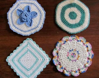 Four Vintage Colorfull Hand Crocheted Pot Holders Hot Pads Kitchen Helpers
