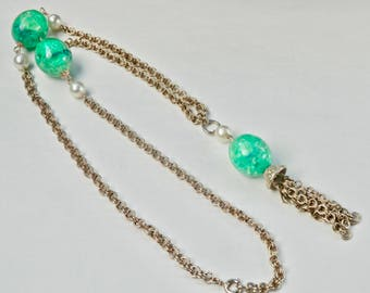 Vintage Pearl Flapper Tassel Necklace Green Confetti Beads Goldtone Dangle Pendant Tassle Rolo Chain 1960s Easter Egg Vintage Jewelry