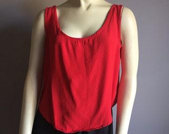 M/L cropped cherry red sleeveless scoop neck boxy crop top tank blouse TRAUMA 80s vintage 1980s feminine cut medium large