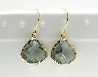 SALE Gift Gray earrings Gray glass earrings Teardrop earrings Gray dangle drop earrings Grey earrings Bridesmaid earrings Bridal earrings Gi