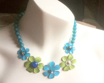 Teal Blue / Lime Green Necklace Flowers w Rhinestone Accents, Retro Vintage Necklace, Short, Sassy & Cute!