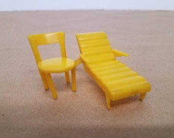 Vintage Doll House 2 Piece Patio Furniture