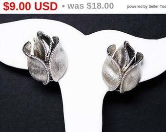 Silver Rosebud Earrings - Clip on Earrings - Brushed Silver tone Roses - Rose Bud Flowers - Flower clip on earrings - Vintage 1960's 1970's