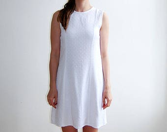 vintage white lace detail sleeveless dress