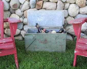 Old Galvanized Metal Cooler, Ice Chest, Camp Cooler