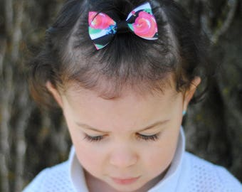 Black and white strip with pink flowers...Pigtail Mini Bows on clips,hair clips, hair bows, baby, non slip grip, alligator clip, photo shoot
