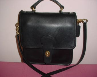 Sale   Vintage Coach Black Leather Station Cross body Messenger bag .