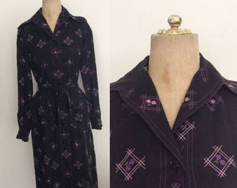 30% OFF 1960's Black Embroidered Purple Floral Shift Dress w/ Waist Tie Size Small Medium by Maeberry Vintage