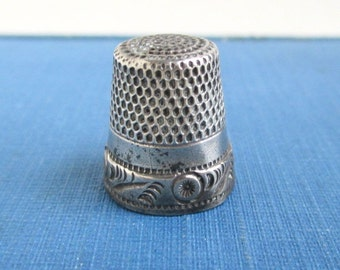 Sterling Silver Thimble - Vintage / Antique, Size 9 w/ Anchor Hallmark