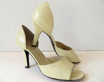 Vintage Charles Jourdan Heels 8.5M/Ivory D'Orsay Open Toe Heels/Ivory  D'Orsay Heels/ Cream D'Orsay Open Toe Pumps/Creme D'Orsay Heels/8.5M,