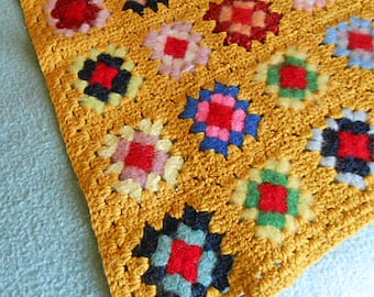 Rare Burnished GOLD GRANNY SQUARE Afghan Throw, Rich Bright Colors Ooak Felted Wool Handmade Crochet Sofa Daybed Cover Unused 50 x 66