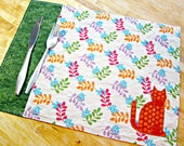 Quilted Placemats, Cat Placemats, Cat Decor, Fabric Placemats, Applique Placemats, Modern Placemats, Spring Placemats, Cat Lover Gift