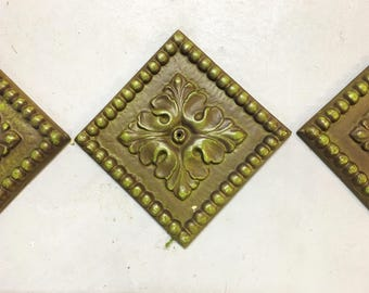 Vintage Wall Medallion Metal Olive Green Set of 3 HODA