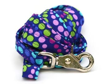ON SALE Matching 5 ft Leash - Grape Soda Polka Dots