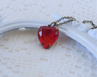 Ruby Heart Necklace, Crystal Heart Necklace, Red Heart Pendant, Heart Of Glass, Old Hollywood, Estate Jewelry, Anniversary Gifts, Gift Ideas