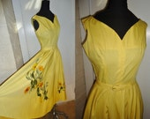 Full Circle Floral Appliqued Vintage 1950's Rockabilly Yellow Dress XS S