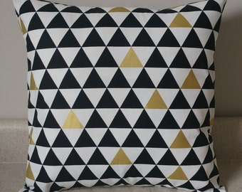 1 Black white gold triangle pillow cover sham geometric design sofa throw couch bed 14 x 14