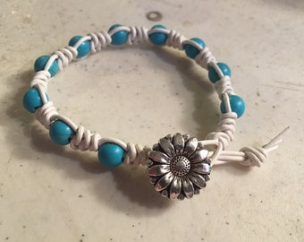 White Bracelet - Macrame Jewelry - Turquoise Gemstones - Leather - Fashion - Trendy - Beaded - Silver Flower Button