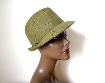 1960s English Walking Hat - vintage plaid wool tweed derby