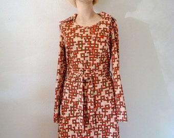 ON SALE 1970s Knit Dress - a-line skirt & blouse - vintage fashion