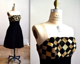 Sale 15% off Vintage 80s Black Strapless Dress Velvet and Crinoline// 80s does 50s Prom Dress Victor Costa Size Small/Medium