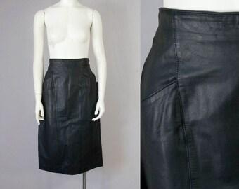 80s Vintage Black Leather High-Waisted Midi Skirt (M)