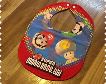 Super Mario Bros Recycled T-Shirt Baby Bib, Video Games, Baby Boy Gift Baby Shower, Geek Gift, Nerd Baby