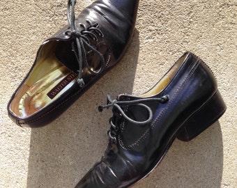 Womens vintage 80's black shiny leather black pointy lace up oxfords size 6