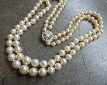 Vintage Genuine Pearl and 14k White Gold Graduated Pearl Bib Necklace Japan