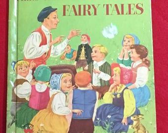 Vintage Hans Christian Andersen's Fairy Tales / 1952 Wonder Books / Children Illustrations