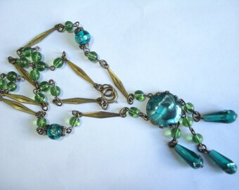 Art Deco Necklace Green Foiled Glass Beads 1920's 1930's