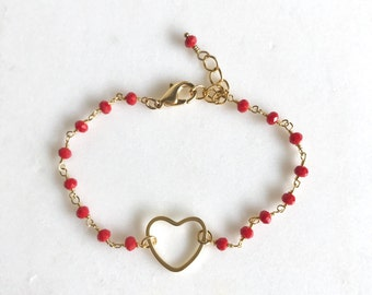 Red Heart Beaded Bracelet in Gold. Beaded Bracelet.  Gemstone Bracelet.  Beaded Bracelet. Gift. Valentines Day Gift.