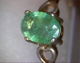 Beautiful Vintage Emerald Heart Ring
