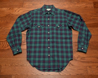 mens vintage LL Bean flannel shirt 80s plaid cotton shirt preppy trad hiking outdoors Made in USA green flannel shirt medium M