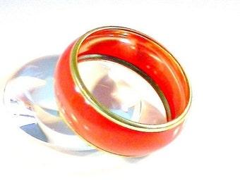 Vintage Red Orange Bangle Bracelet, Bright Red Enamel Bangle, Gold Tone Red Bangle Bracelet.
