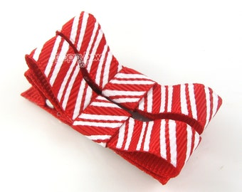 READY to SHIP Christmas Hair Clips, pair of red hair clips, baby hair clips, candy cane barrettes, non slip hair bows, girls hair clips