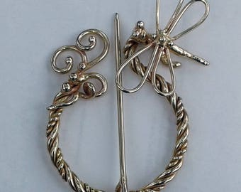Outlander Dragonfly in Amber Penannular Brooch