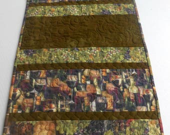 Wine Table Runner-Reversible-Free Shipping to US and Canada