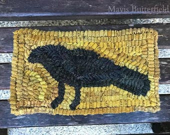 Primitive Folk Art Hooked Rug Old Crow Early Style