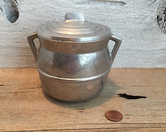 Wilton Brass Co. Aluminum based jar with lid. RWP jar.