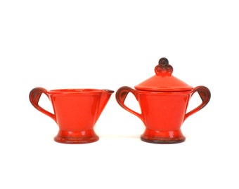Vintage Metlox 'Red Rooster Red' Poppytrail Cream & Sugar Set (E8302)