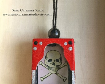 Nicho Ornament - La Calavera. Red and Black. Colorful glittery accents. Loteria art.