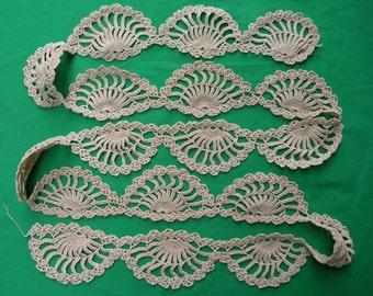 Vintage DETAILS OF YESTERYEAR Handmade Crochet Trim