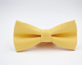 Mens Bowtie in Yellow Linen in Buttercup, Buttery Yellow, Groomsmen Bow Tie, Yellow Bow Tie, Adjustable Bow Tie