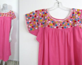 Vintage 70s Mexican Embroidered Cotton Dress in Pink